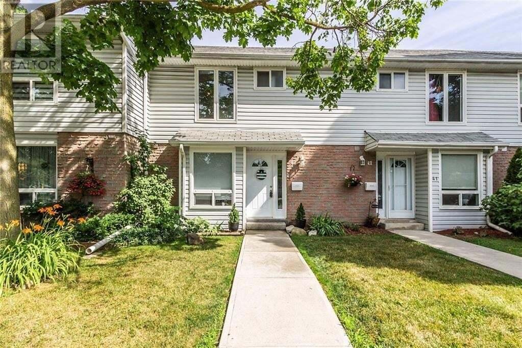 Townhouse for sale at 32 Mowat Blvd Kitchener Ontario - MLS: 30819539