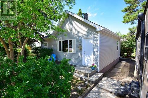 House for sale at 32 Newcombe St Manor Saskatchewan - MLS: SK751625