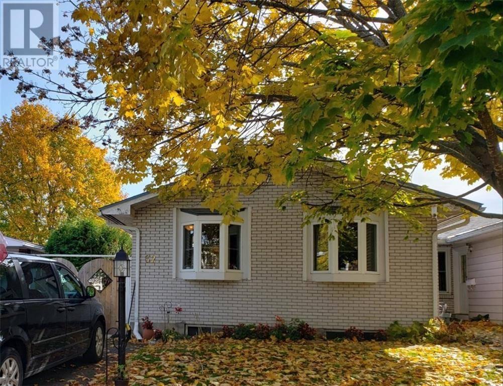 House for sale at 32 Oberon St Ottawa Ontario - MLS: 1174952