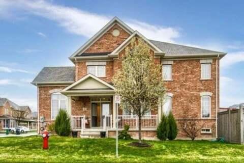 Townhouse for sale at 32 Orangeblossom Tr Brampton Ontario - MLS: W4773612