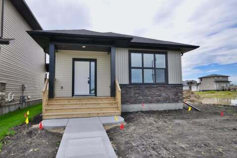 House for sale at 32 Oxford Blvd Penhold Alberta - MLS: A1017497