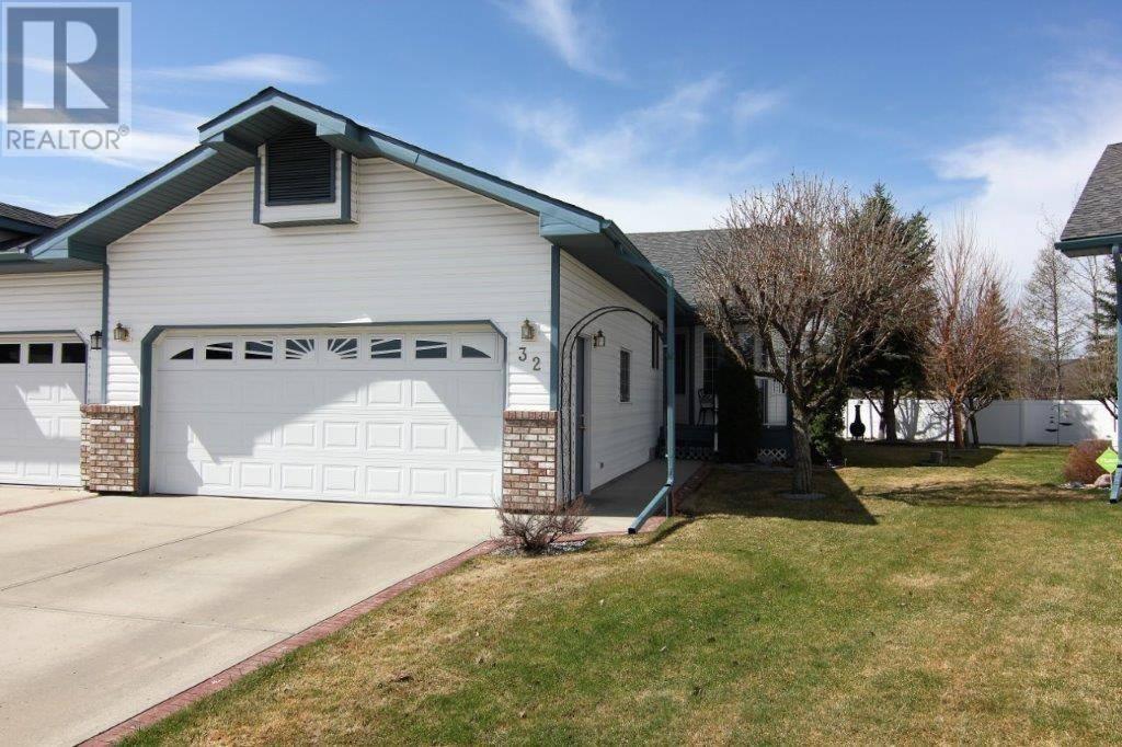 Townhouse for sale at 32 Rowell Cs Red Deer Alberta - MLS: ca0184398