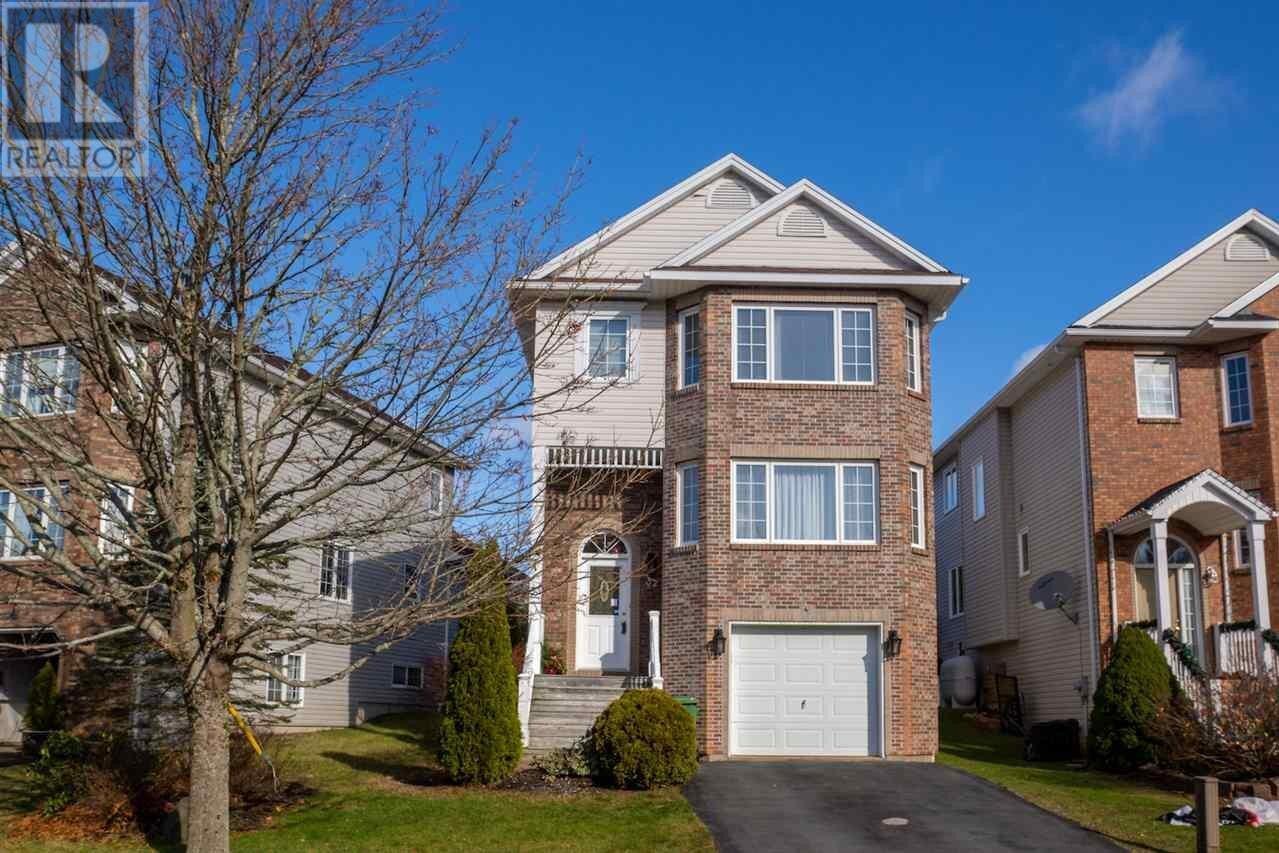 House for sale at 32 Roxham Cs Halifax Nova Scotia - MLS: 202024438