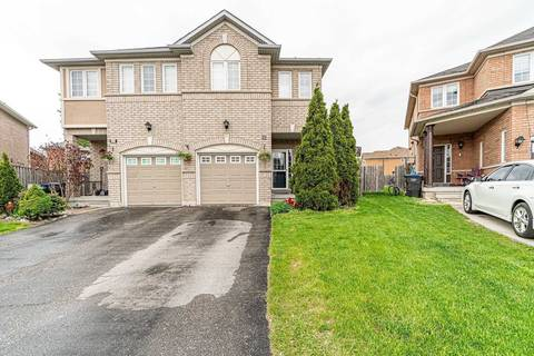 Townhouse for sale at 32 Sestina Ct Brampton Ontario - MLS: W4495480
