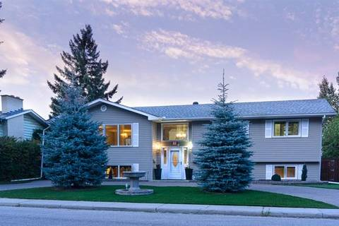 House for sale at 32 Snowdon Cres Southwest Calgary Alberta - MLS: C4266858