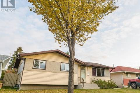 House for sale at 32 Stewart Ave Saskatoon Saskatchewan - MLS: SK789538