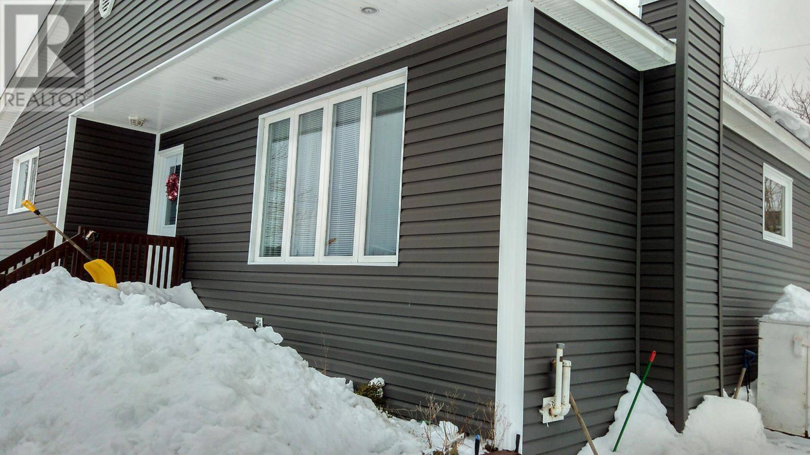 House for sale at 32 Third Ave Mount Pearl Newfoundland - MLS: 1211514