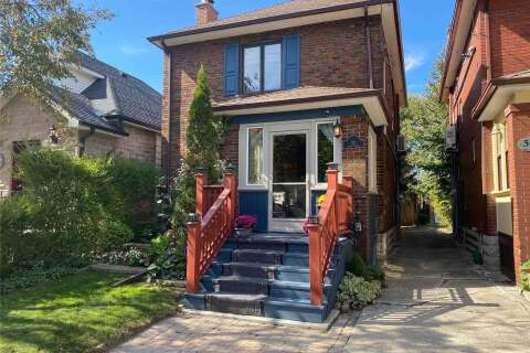 House for sale at 32 Third St Toronto Ontario - MLS: W4921427