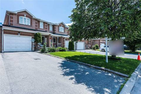 Townhouse for sale at 32 Torada Ct Brampton Ontario - MLS: W4493904