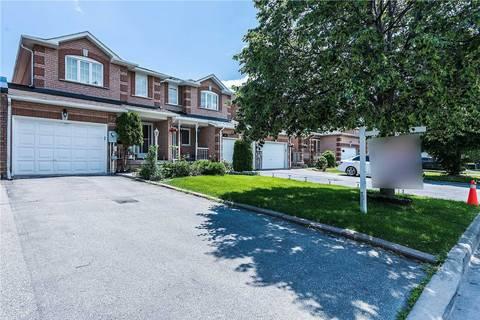 Townhouse for sale at 32 Torada Ct Brampton Ontario - MLS: W4514384