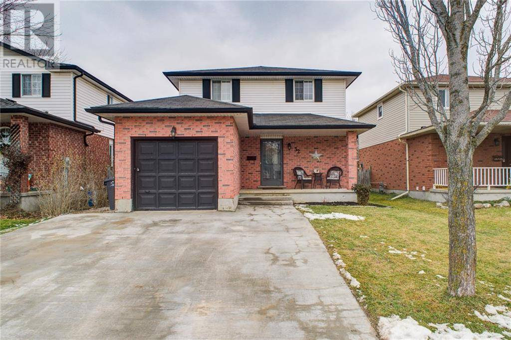 House for sale at 32 Watt St Guelph Ontario - MLS: 30786105