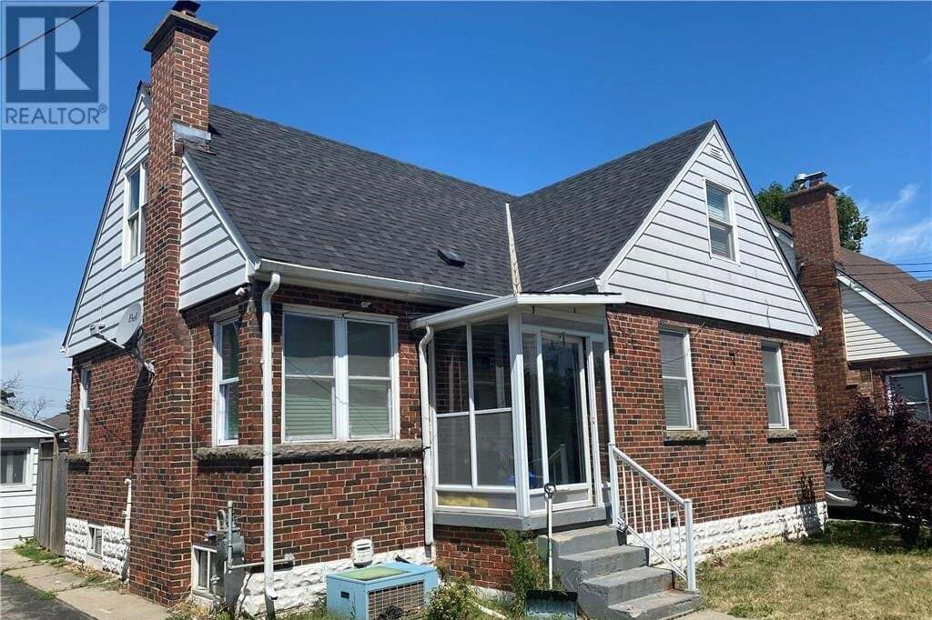 House for sale at 32 West 3rd St Hamilton Ontario - MLS: 30826759