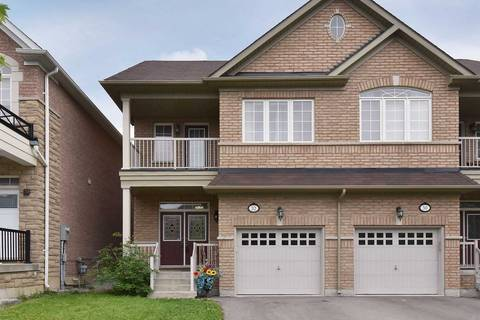 Townhouse for sale at 32 White Spruce Cres Vaughan Ontario - MLS: N4453057