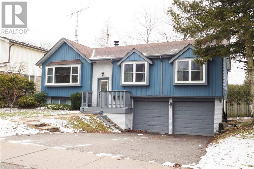 House for sale at 32 Woodridge Dr Guelph Ontario - MLS: 30785292