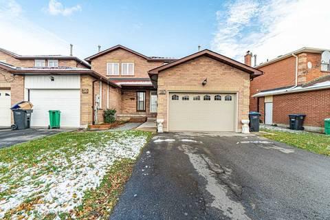 Townhouse for rent at 32 Woodsend Run  Brampton Ontario - MLS: W4705436