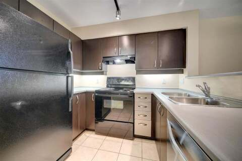Condo for sale at 10866 City Pw Unit 320 Surrey British Columbia - MLS: R2499376