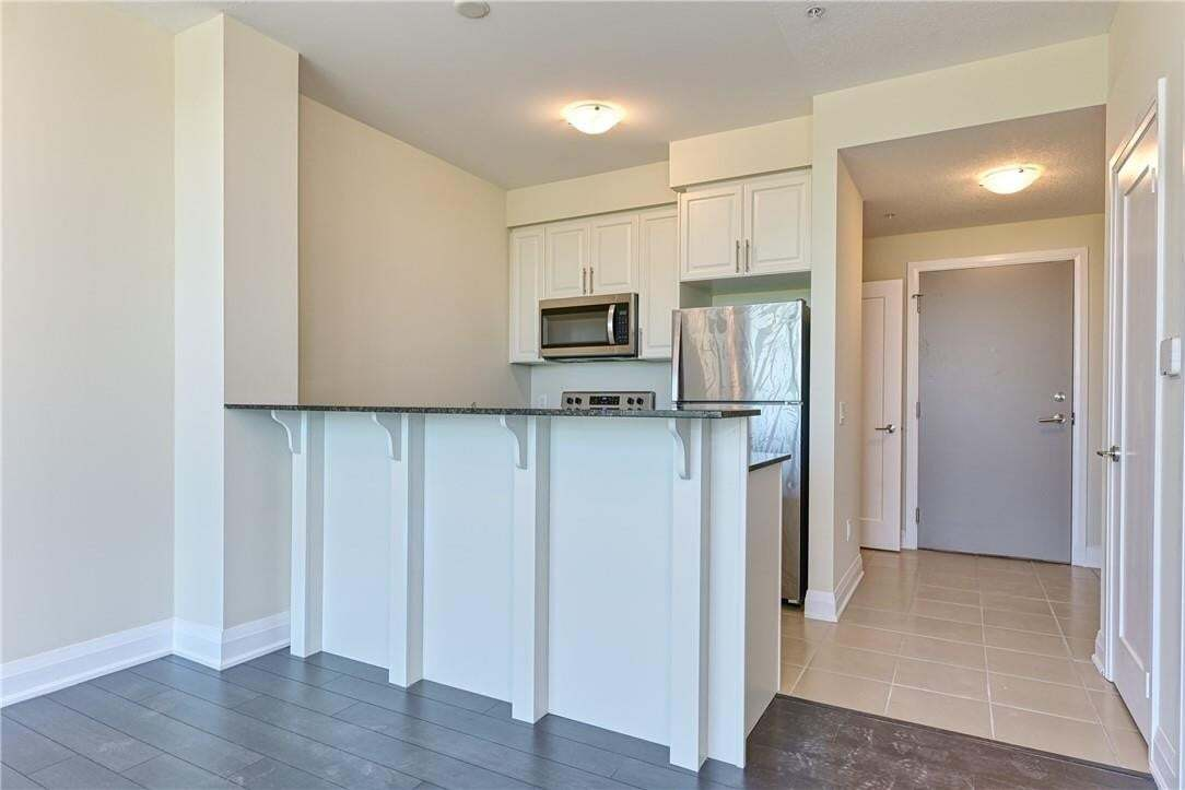 Apartment for rent at 16 Concord Pl Unit 320 Grimsby Ontario - MLS: H4087990