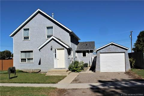House for sale at 320 55 Ave Claresholm Alberta - MLS: LD0178045