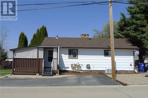 House for sale at 320 5th Ave E Biggar Saskatchewan - MLS: SK766939