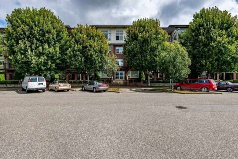 Condo for sale at 9422 Victor St Unit 320 Chilliwack British Columbia - MLS: R2520204
