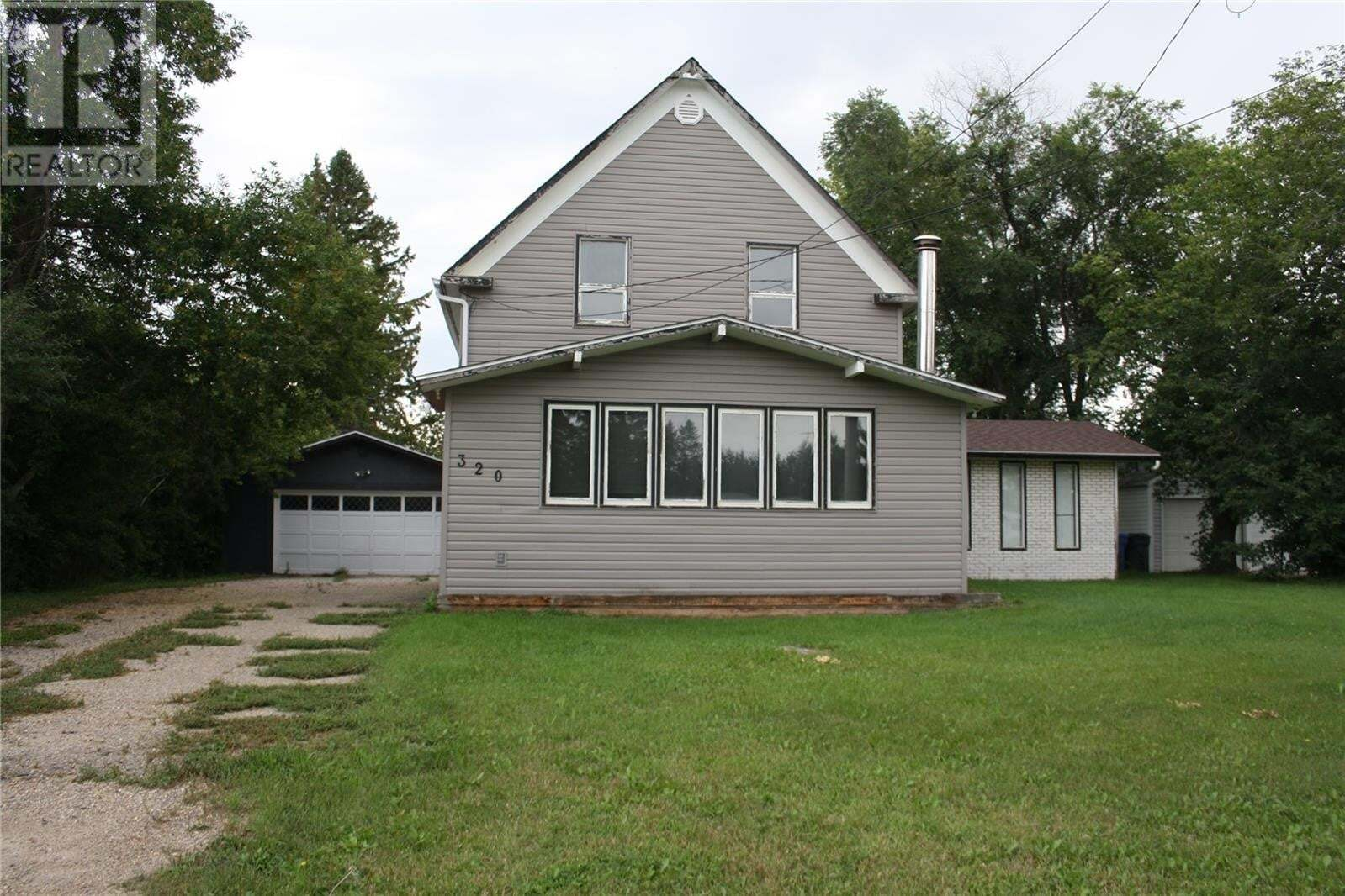 House for sale at 320 Broad St N Langenburg Saskatchewan - MLS: SK823954