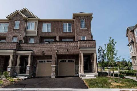 Townhouse for sale at 320 Clay Stones St Newmarket Ontario - MLS: N4511142