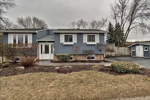 House for sale at 320 Winston Blvd Cambridge Ontario - MLS: X4728444