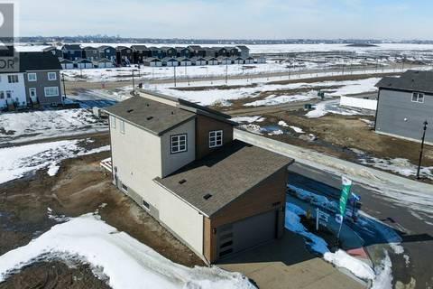 House for sale at 3200 Crosbie Cres Regina Saskatchewan - MLS: SK762834