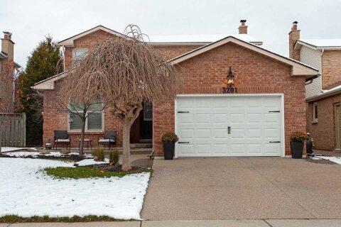House for sale at 3201 Renton Rd Burlington Ontario - MLS: W5000140