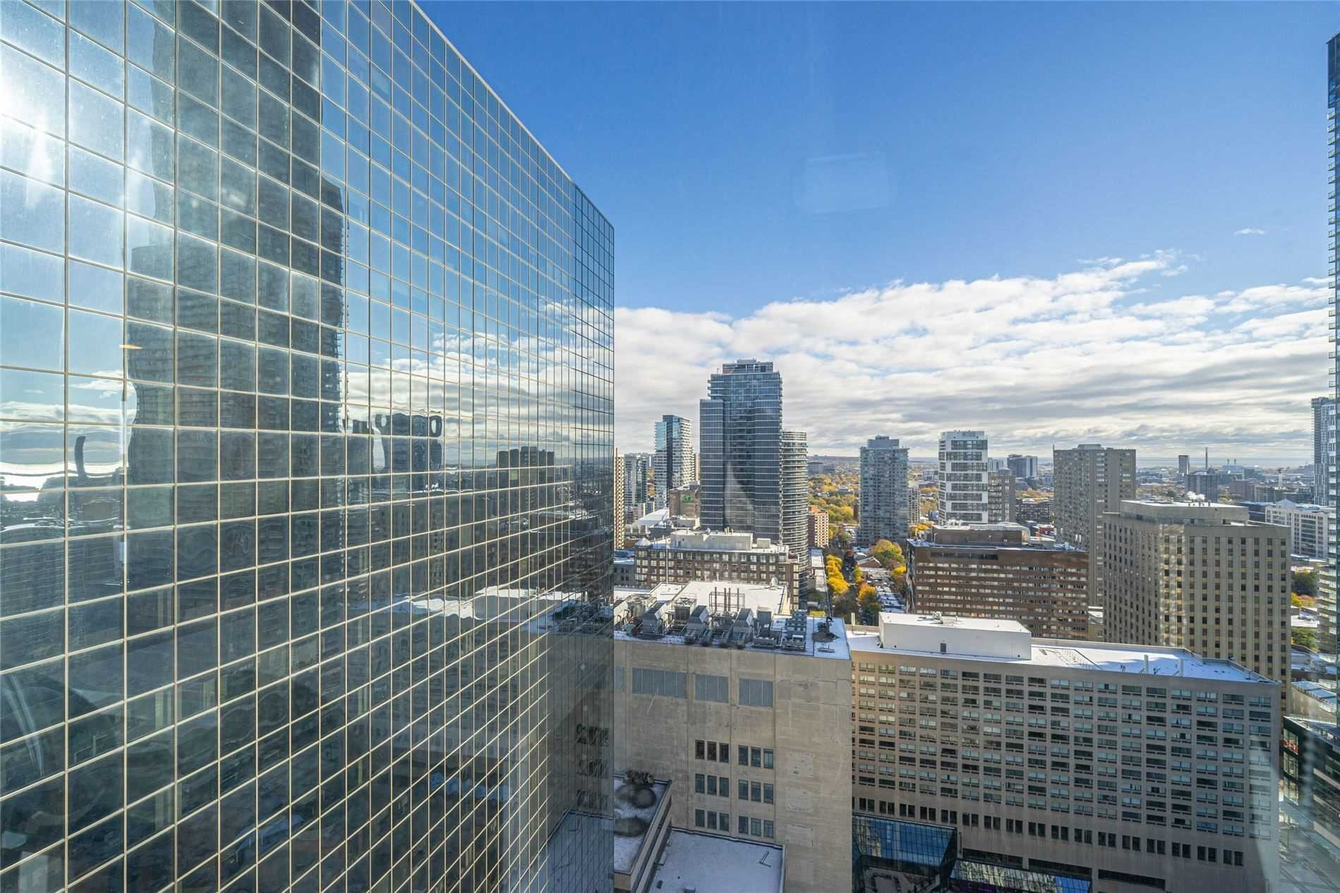 Apartment for rent at 763 Bay St Unit 3202 Toronto Ontario - MLS: C4973657