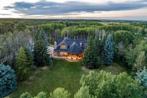 House for sale at 32022 Badger Rd Rural Rocky View County Alberta - MLS: A1021414