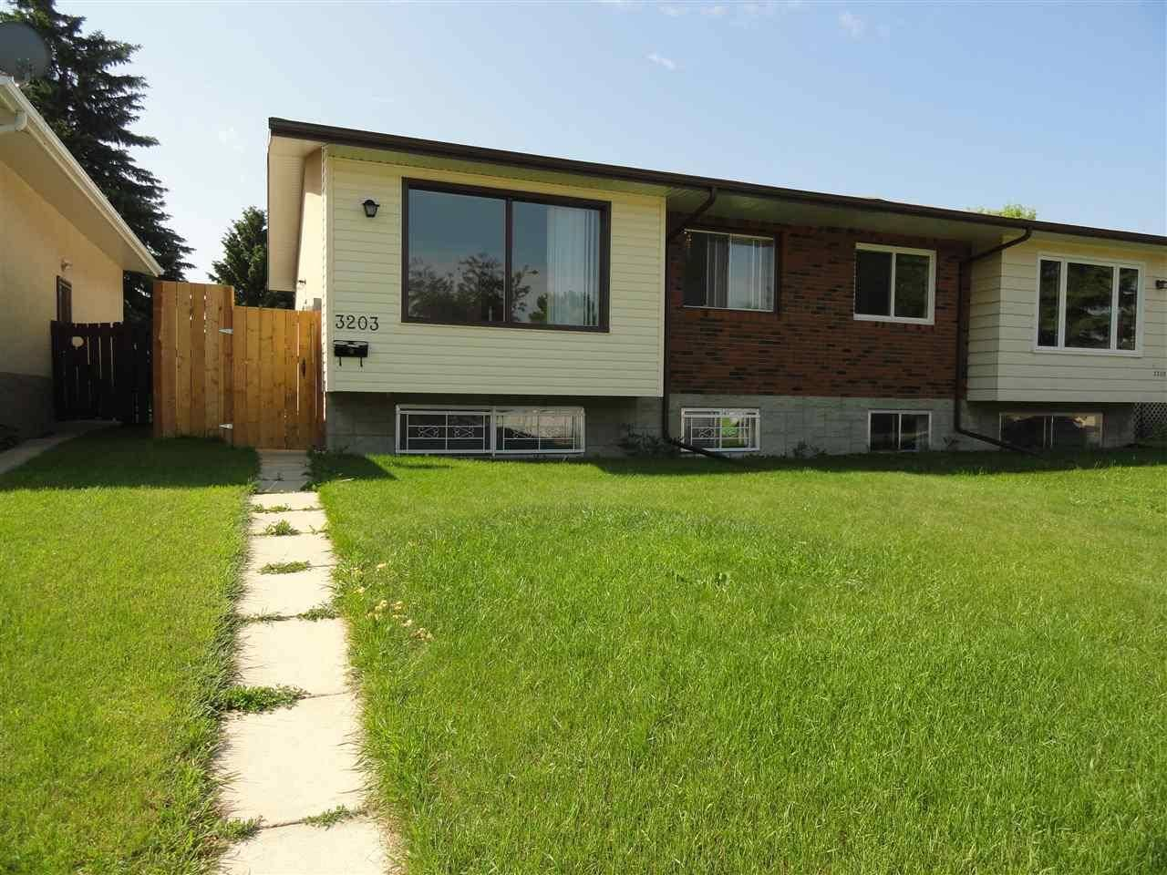 Townhouse for sale at 3203 113 Ave Nw Edmonton Alberta - MLS: E4163553