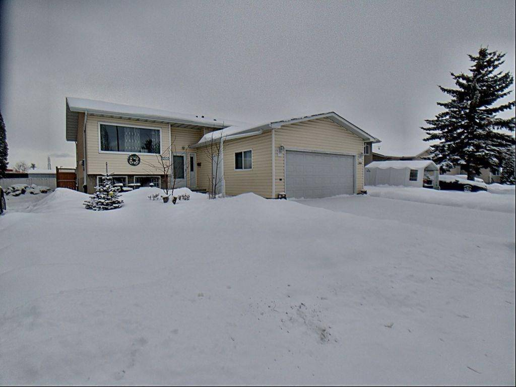 House for sale at 3203 35 St Nw Edmonton Alberta - MLS: E4184093