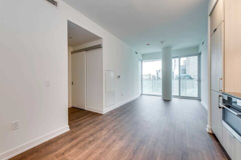 Apartment for rent at 15 Queens Quay Unit 3204 Toronto Ontario - MLS: C4997492