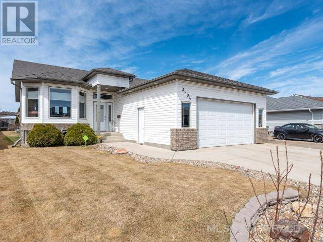 House for sale at 3204 67th Ave Lloydminster West Alberta - MLS: 66470