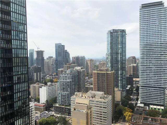 X Condos Condos: 110 Charles Street East, Toronto, ON
