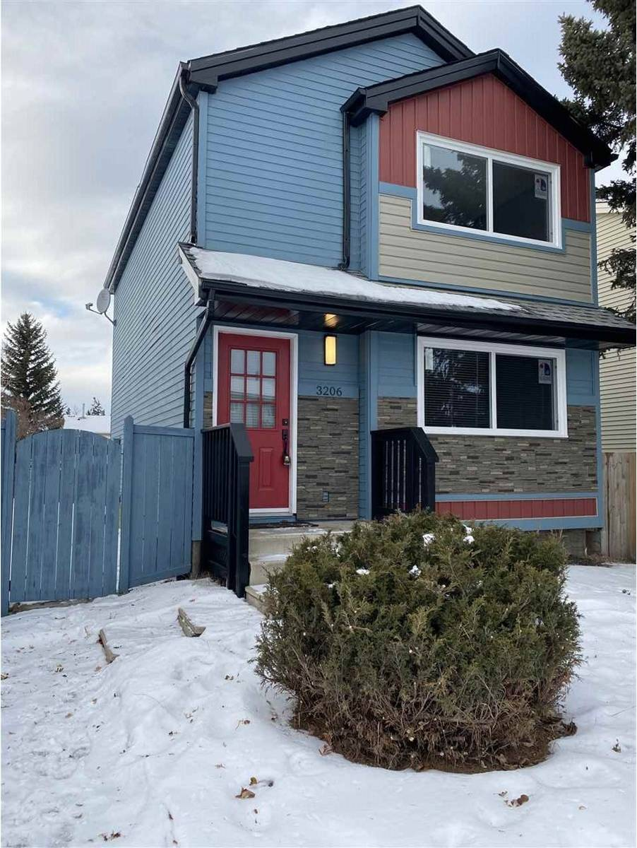 House for sale at 3206 48 St Nw Edmonton Alberta - MLS: E4183359