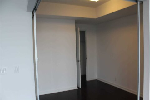 Home for rent at 14 York St Unit 3207 Toronto Ontario - MLS: C4976322