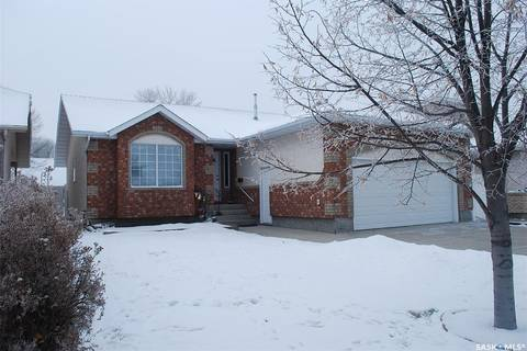 House for sale at 3208 Essex Cres Regina Saskatchewan - MLS: SK762916