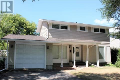 House for sale at 3208 Grant Rd Regina Saskatchewan - MLS: SK774525
