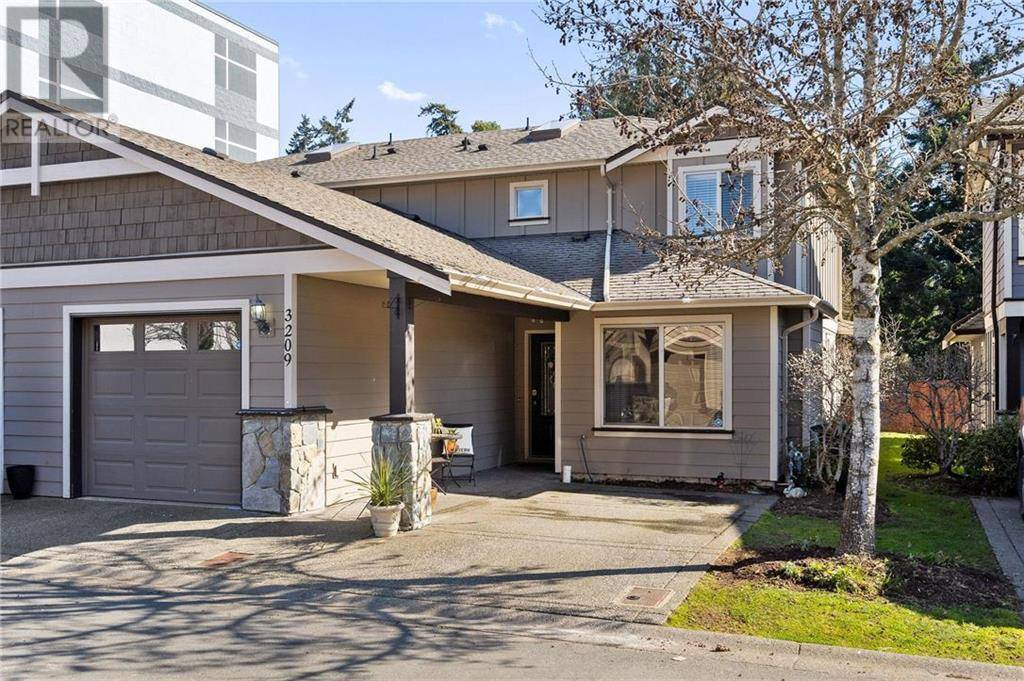 Townhouse for sale at 3209 Ernhill Pl Victoria British Columbia - MLS: 423438
