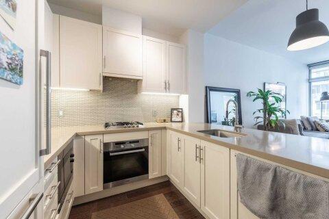 Apartment for rent at 39 Queens Quay  Unit 321 Toronto Ontario - MLS: C4963736