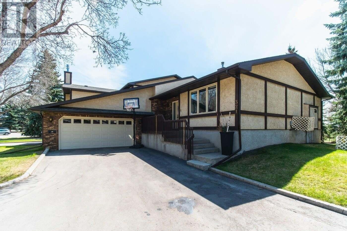 House for sale at 321 Avon Dr Regina Saskatchewan - MLS: SK819500