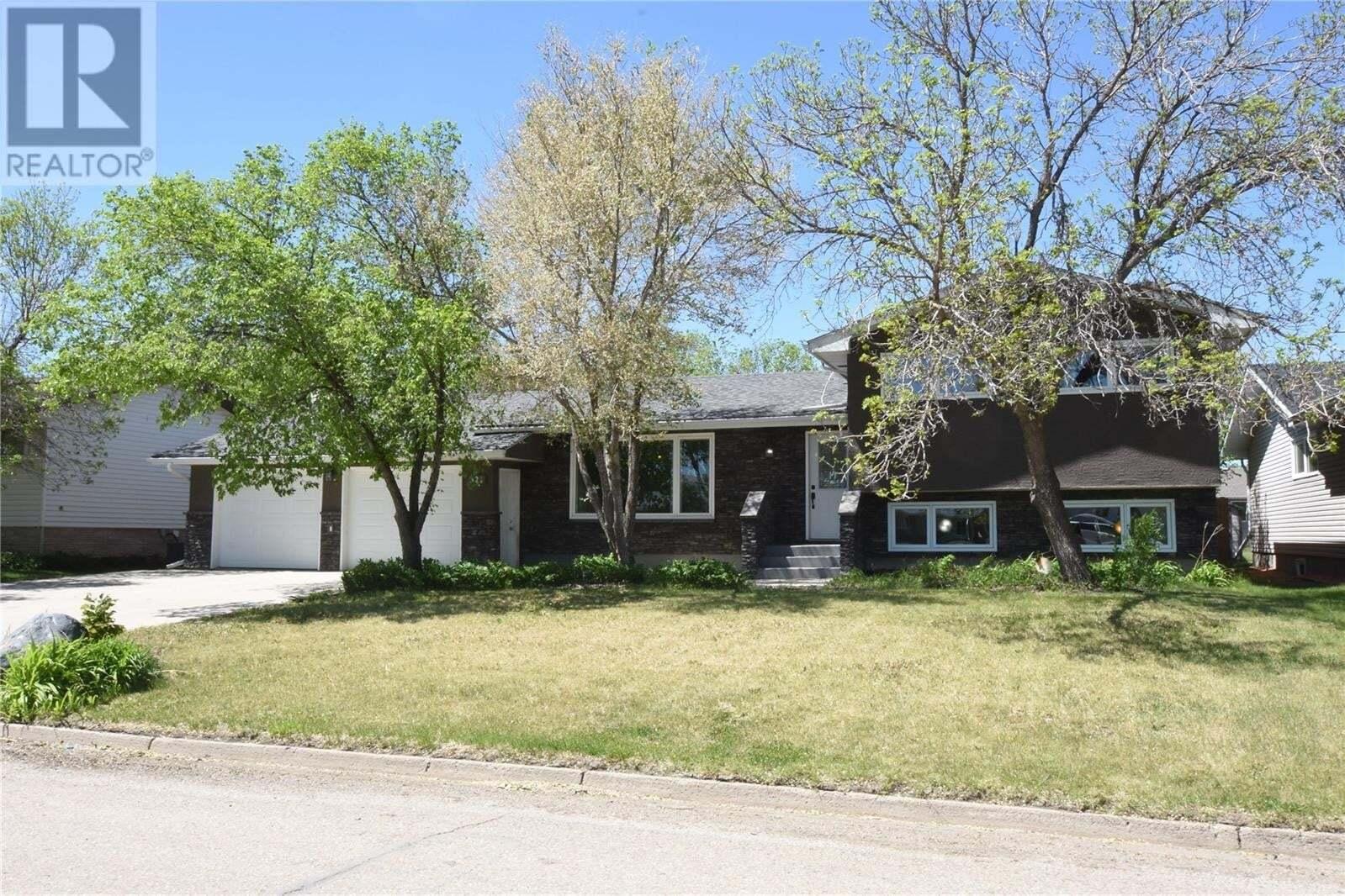 House for sale at 321 Carrington St Milestone Saskatchewan - MLS: SK810658