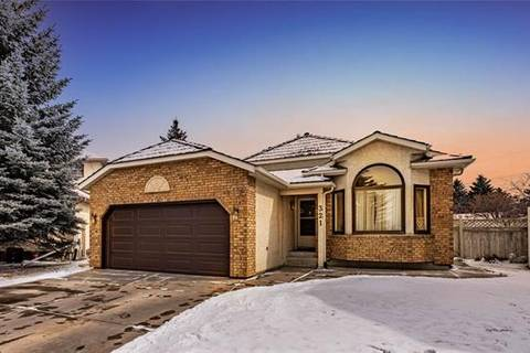 House for sale at 321 Diamond By Southeast Calgary Alberta - MLS: C4292140