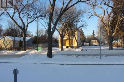 House for sale at 321 P Ave S Saskatoon Saskatchewan - MLS: SK803103