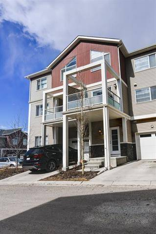 Townhouse for sale at 321 Redstone Vw Northeast Calgary Alberta - MLS: C4236946