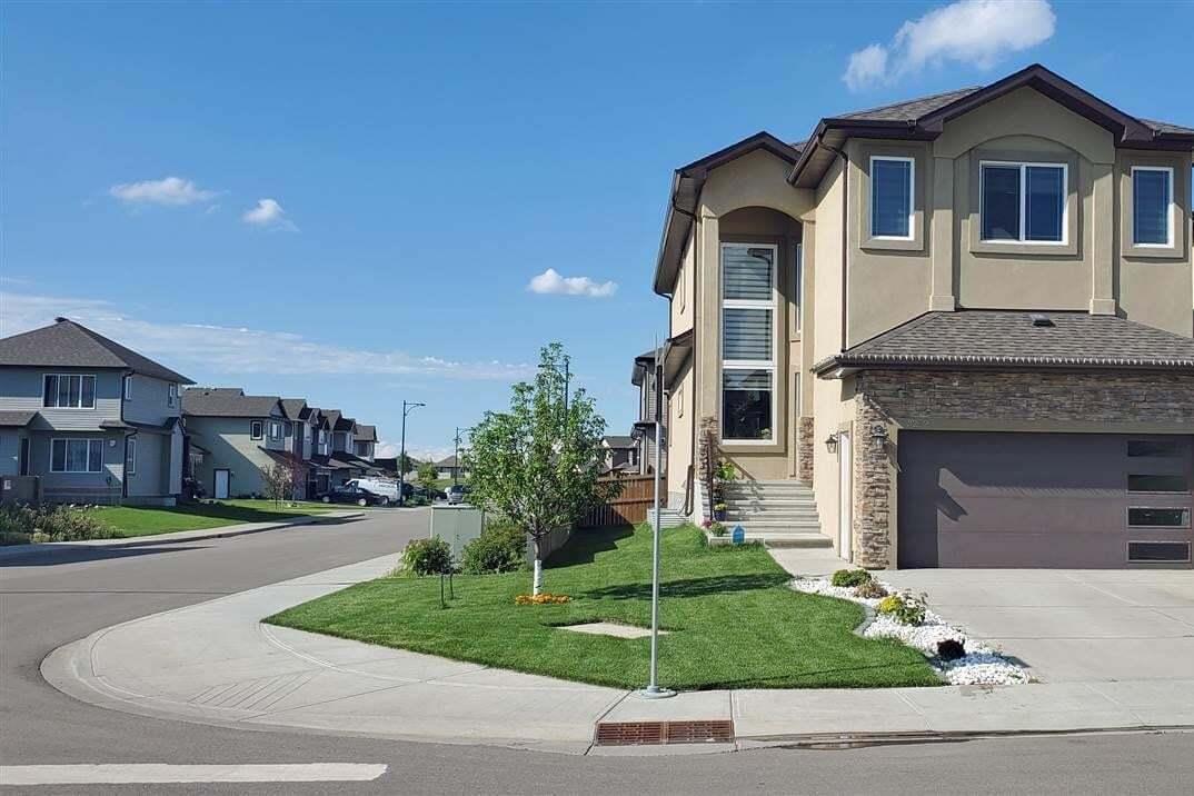 House for sale at 3212 12 Av NW Edmonton Alberta - MLS: E4207564