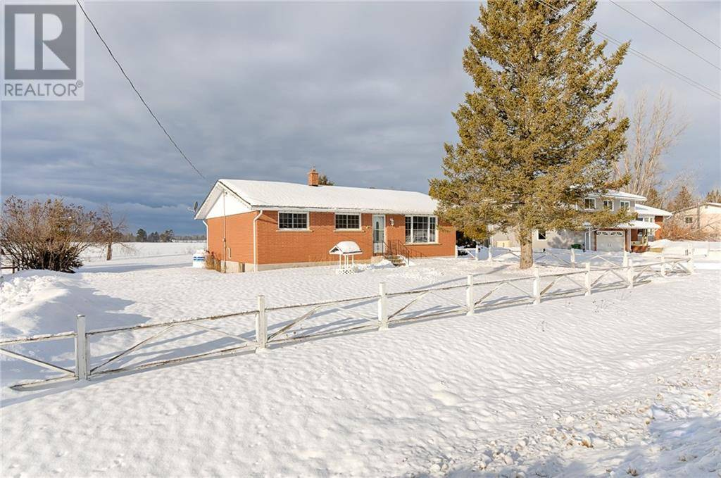 House for sale at 3215 Line Rd Pembroke Ontario - MLS: 1178324