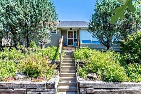 House for sale at 3216 19 St Northwest Calgary Alberta - MLS: C4278950